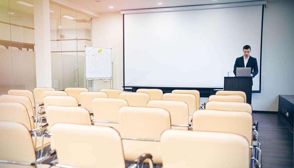 Professzionális hang- és vetítéstechnika konferenciákra
